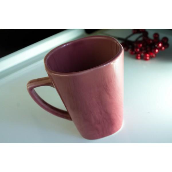 Чашка розовая, 250 мл
