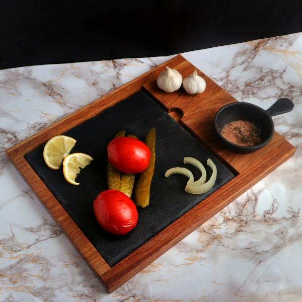 Доска со сланцем и соусником 25х25 см
